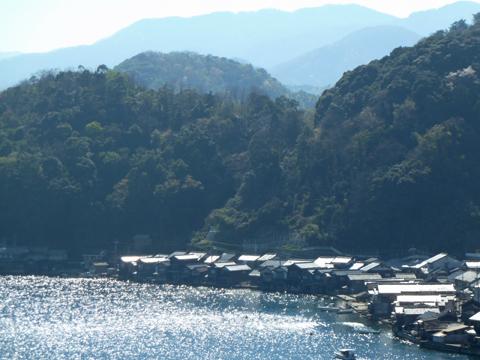 伊根の舟屋と港